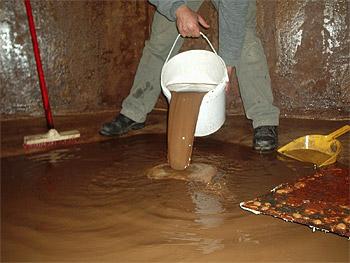 Limpieza de tanques de agua urbeco for Limpieza de tanques de combustible